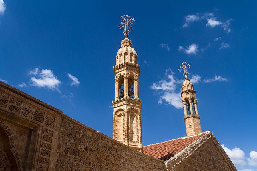 deyrulumur manastiri canlari