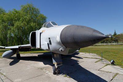 eskisehir havacilik muzesi phantom rf4e 400x266
