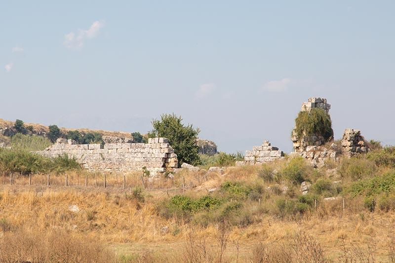 antalya perge antik kenti bazilika kalintilari