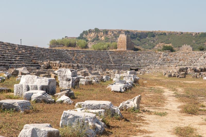 antalya perge antik kenti stadyum kalintilari