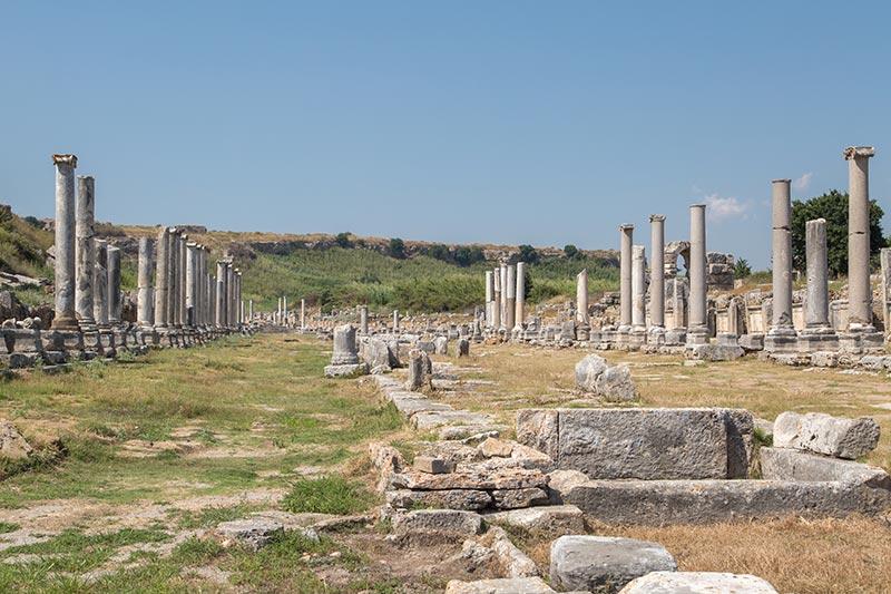 antalya perge antik kenti sutunlu cadde