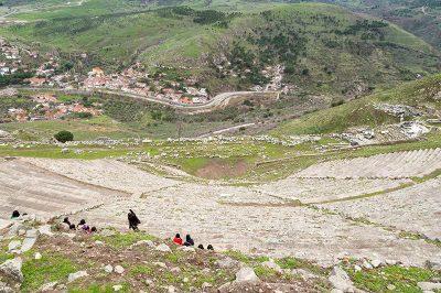 bergama pergamon antik kenti en dik tiyatro 400x266