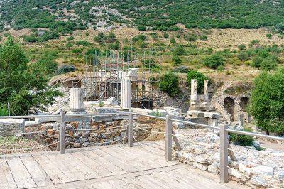 efes antik kenti restorasyon 400x266
