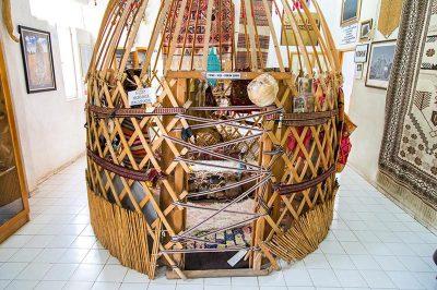 tahtakuslar etnografya muzesi yoruk cadiri 400x266