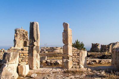 rhodiapolis antik kenti 2 400x266