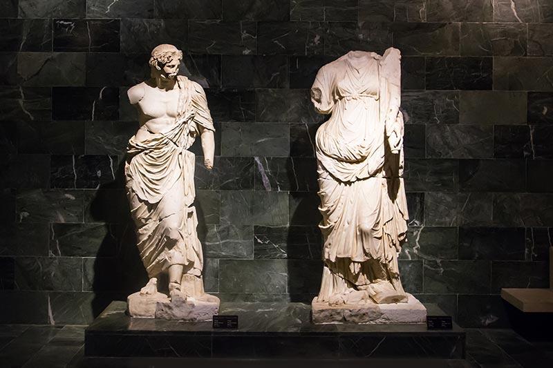 antalya arkeoloji muzesi tanrilar salonu