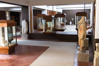 canakkale arkeoloji muzesi ic 400x266