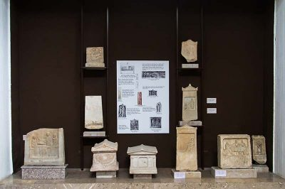 canakkale arkeoloji muzesi nekropol 400x266