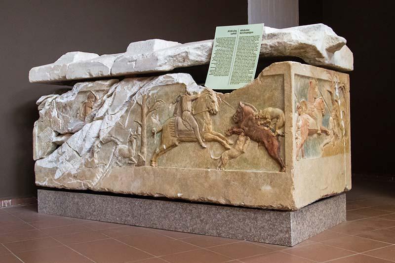 canakkale arkeoloji muzesi polyksena