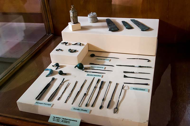 canakkale arkeoloji muzesi tibbi malzeme