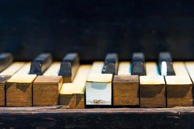 canakkale kent muzesi piyano 400x266