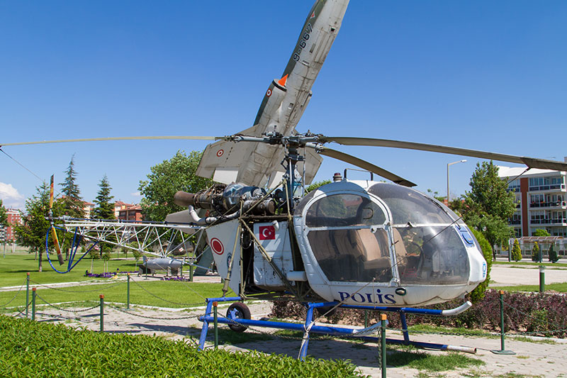 eskisehir havacilik muzesi alouette sa318c