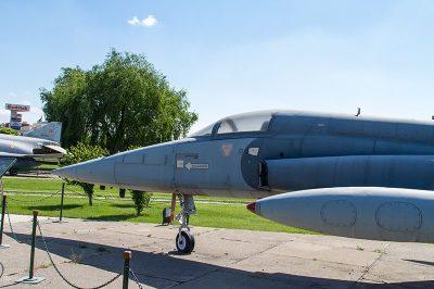 eskisehir havacilik muzesi f5a 400x266