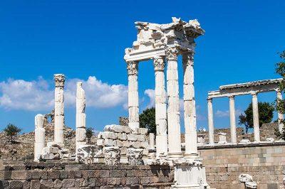 pergamon trajan 400x266