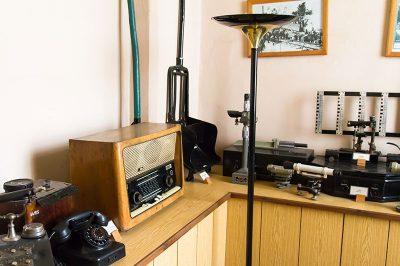 tcdd muzesi eski aletler 400x266