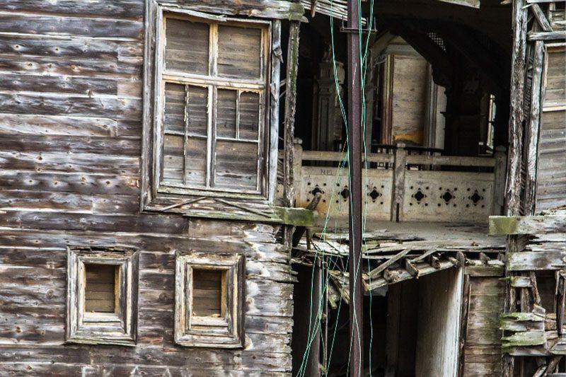 rum yetimhanesi pencere