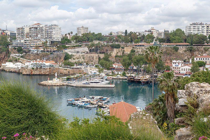 antalya kaleici yat limani manzarasi