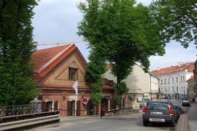 uzupis cumhuriyeti sokagi 400x266