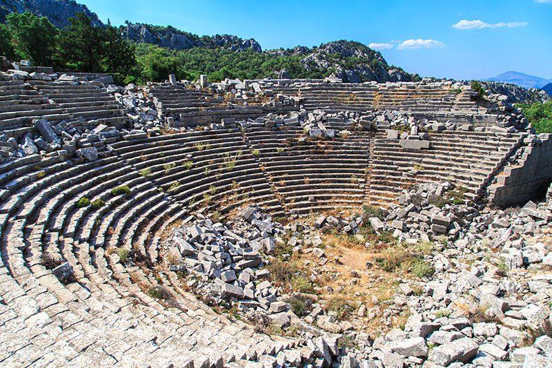 termessos antik kenti tiyatrosu