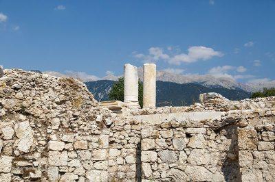tlos antik kenti kronos tapinagi gezi rehberi 400x266