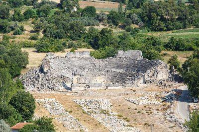 tlos antik kenti tiyatrosu 400x266