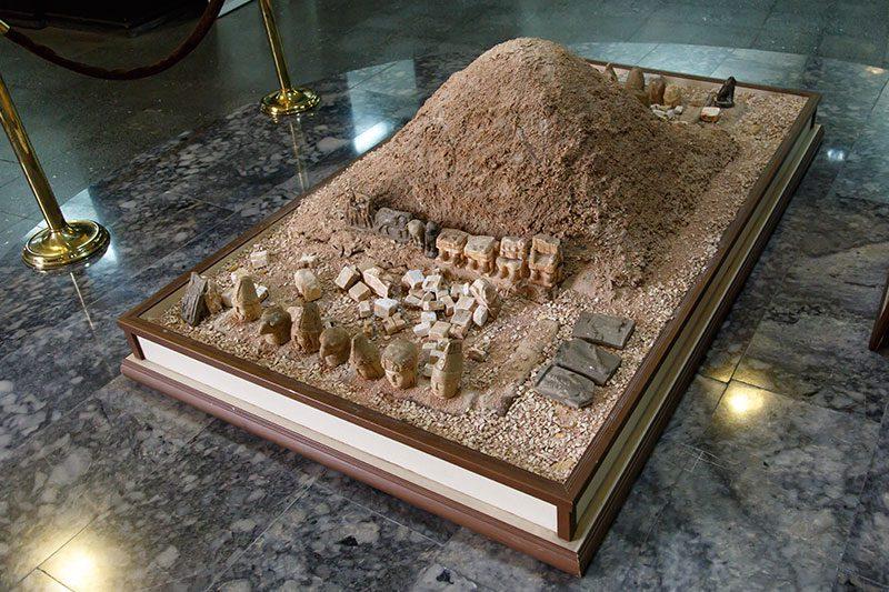 adiyaman arkeoloji muzesi nemrut dagi maketi