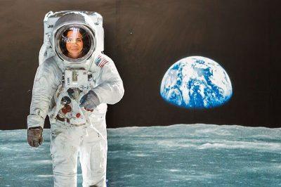 gaziantep gezegenevi astronot 400x266