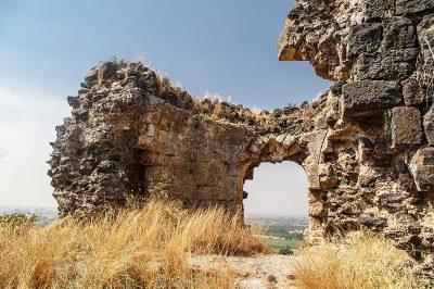 osmaniye toprakkale kalesi surlari 400x266