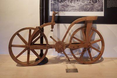 leonardo da vinci bisiklet 400x266
