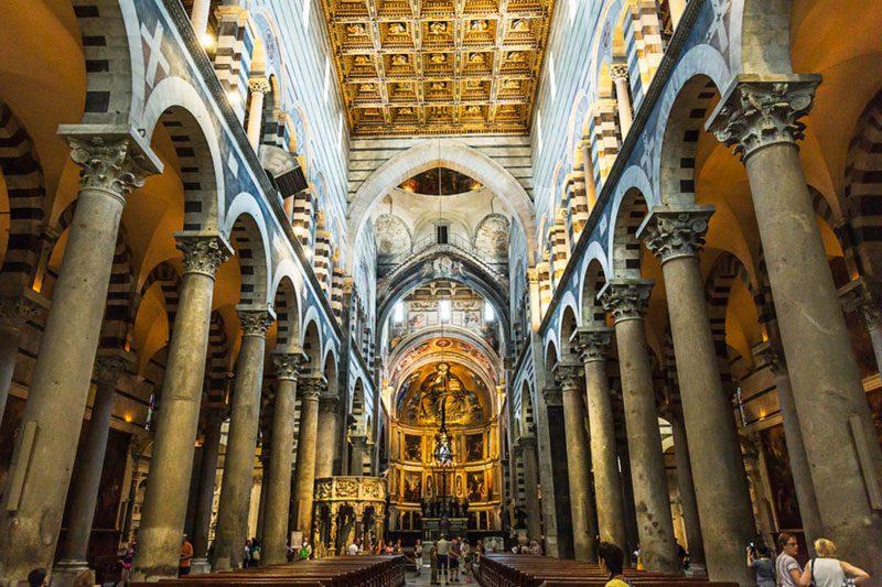 pisa katedrali mimarisi