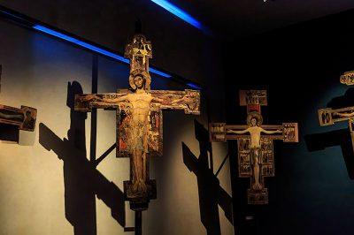 san matteo muzesi hac isaretleri 400x266