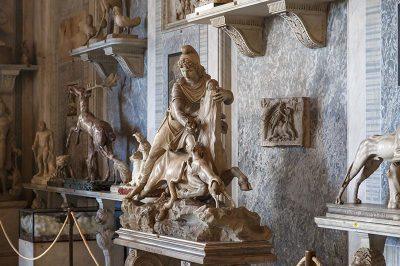 vatikan muzesi hayvan heykelleri galerisi 400x266