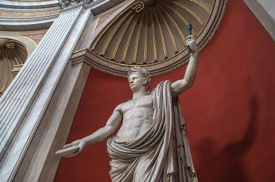 vatikan muzesi yunan heykelleri galerisi 400x266