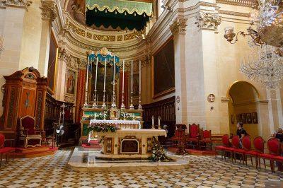 gozo katedrali ic mimarisi 400x266