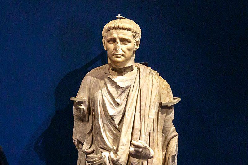 malta domus romana portre heykeller