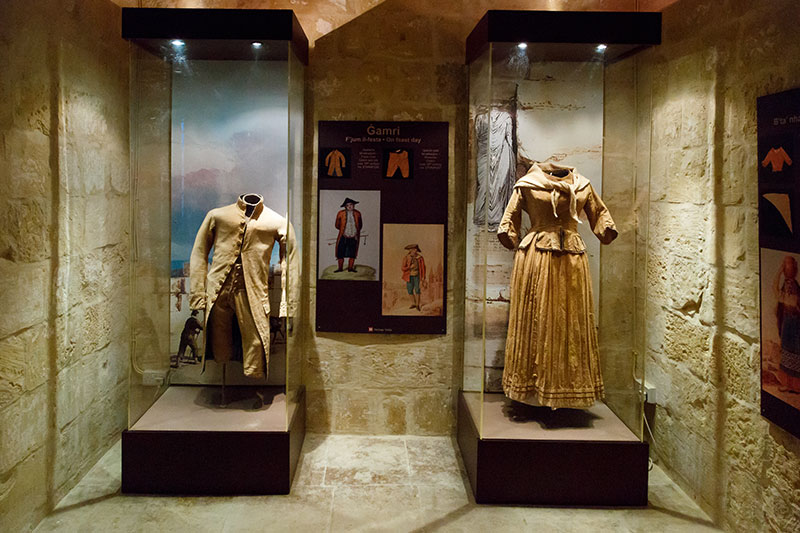 malta gozo folklor muzesi kiyafetler