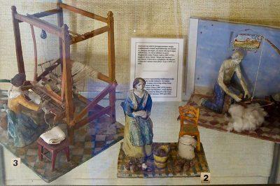 malta gozo folklor muzesi oyuncaklar 400x266