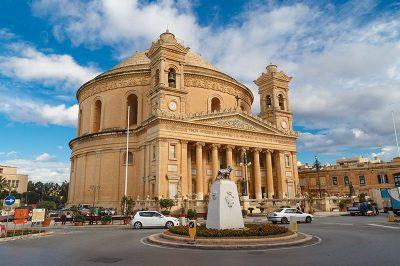 malta mosta dome kilisesi 400x266