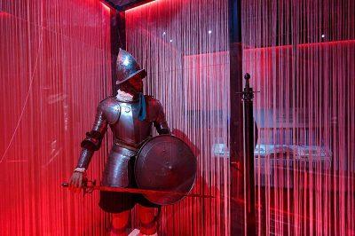 palace armoury state rooms zirhli 400x266