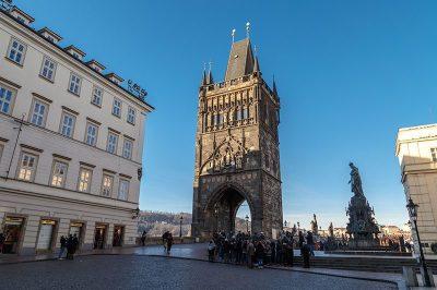 prag charles koprusu old town kulesi 400x266