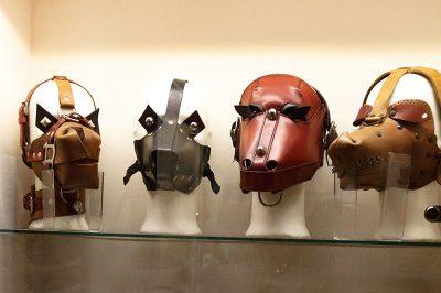 prag seks makineleri muzesi bdsm maskeleri 400x266