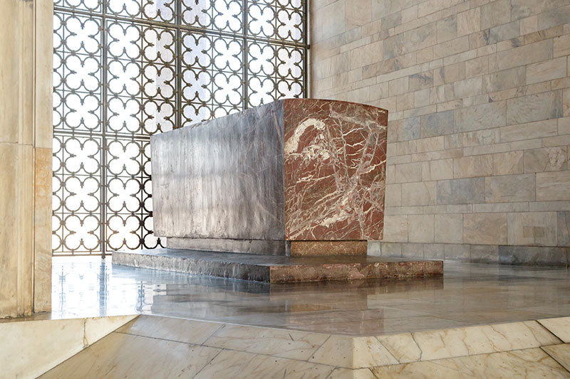 ankara anitkabir mozolesi sembolik mezar