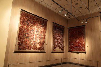ankara vakif eserleri muzesi hali kilimler 400x266