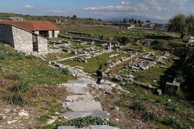 aydin miletos antik kenti kalintilari 400x266