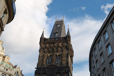 prag powder tower gezisi 400x266