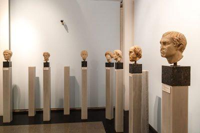 aydin afrodisias antik kenti muzesi bust heykelleri 400x266