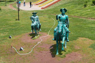 eskisehir selalepark don kisot heykeli 400x266
