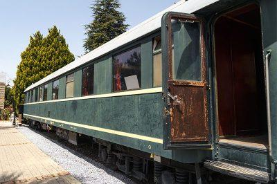 izmir camlik lokomotif muzesi ataturk vagonu 400x266