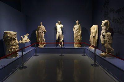 izmir efes muzesi cesme heykelleri 400x266