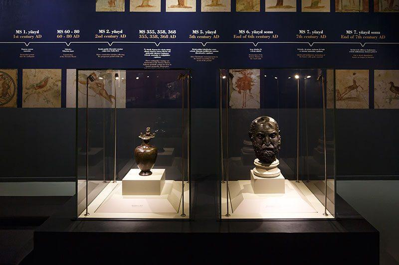 izmir efes muzesi heykeller